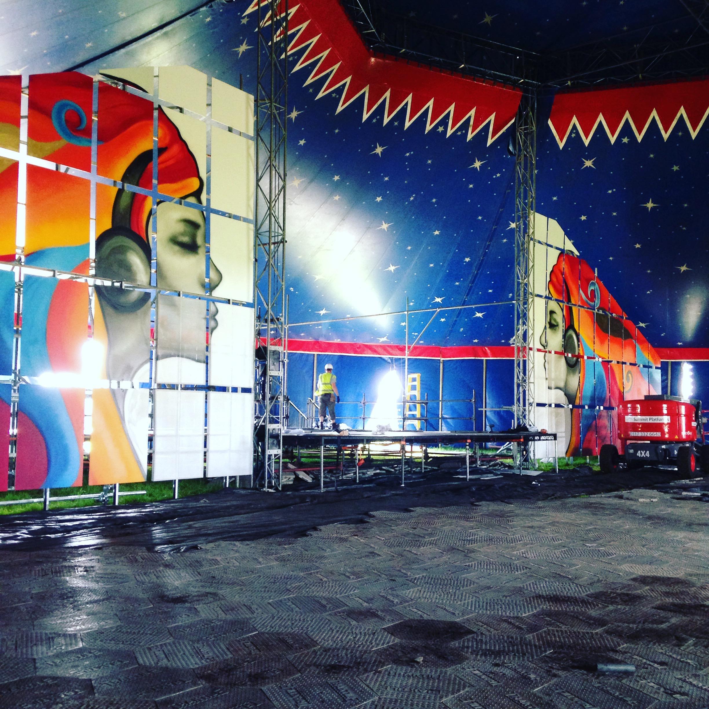 Glastonbury_PussyParlure_Stage_2016.jpg