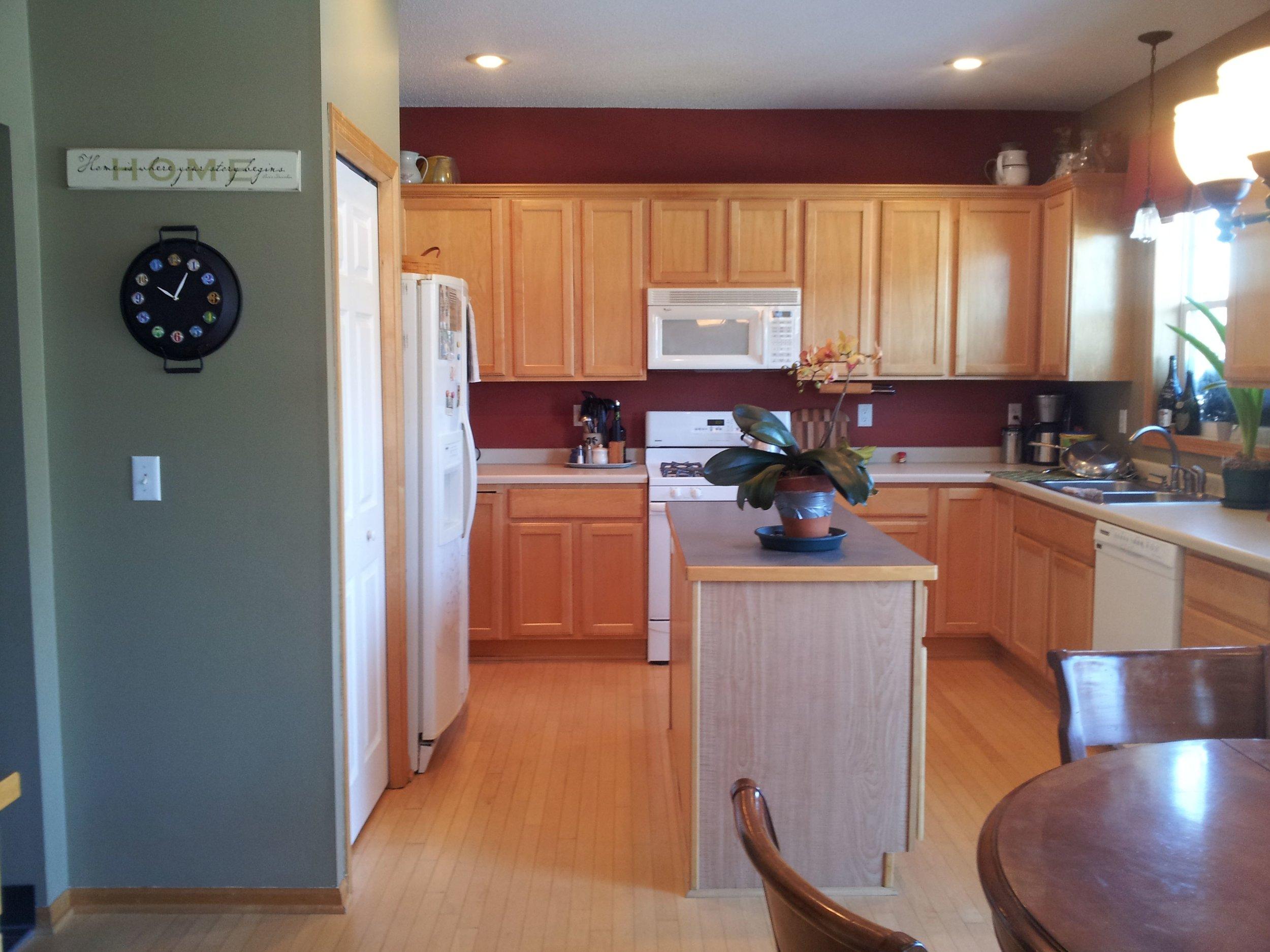 oak_kitchen_9.jpg
