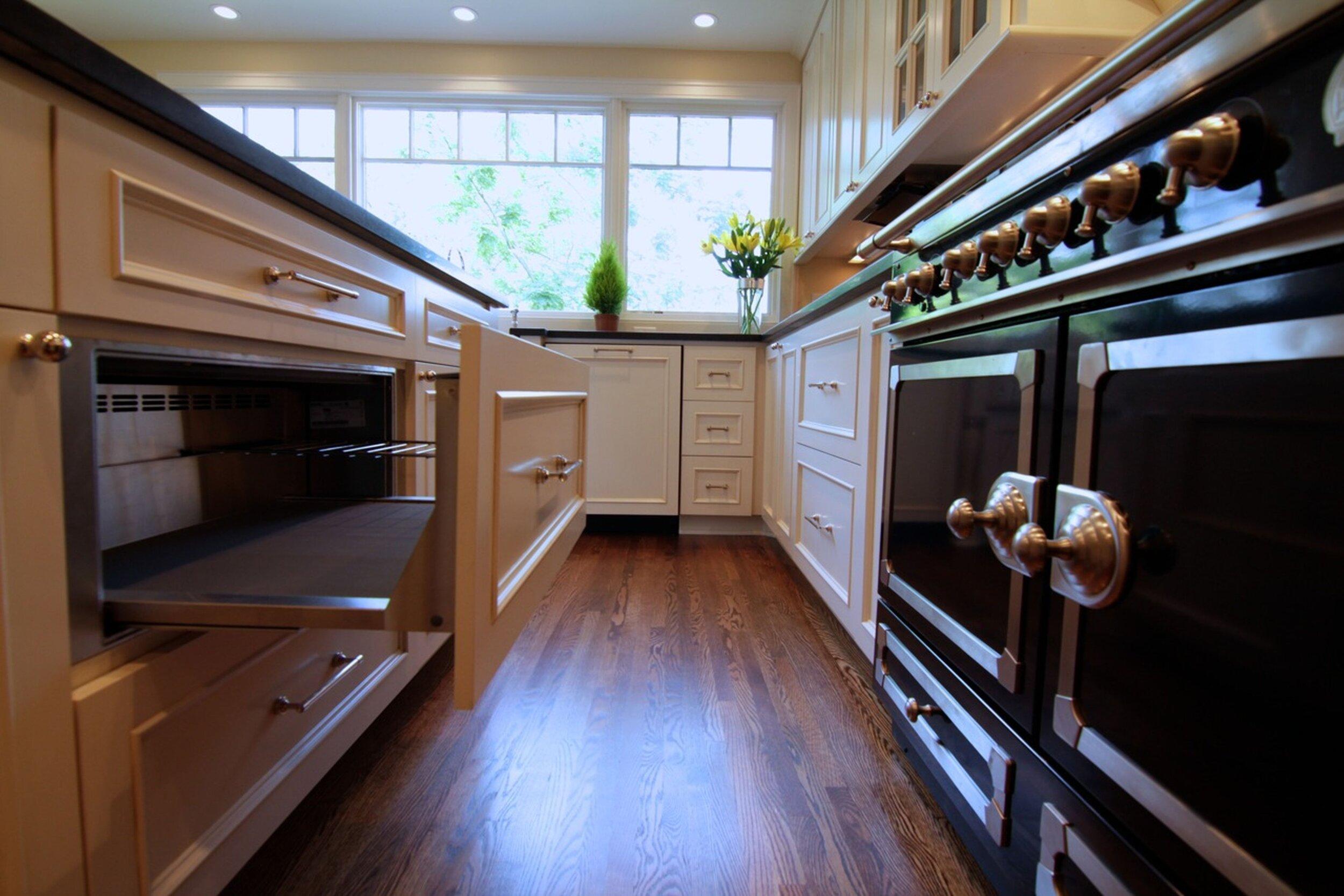 harriet_kitchen_2.jpg