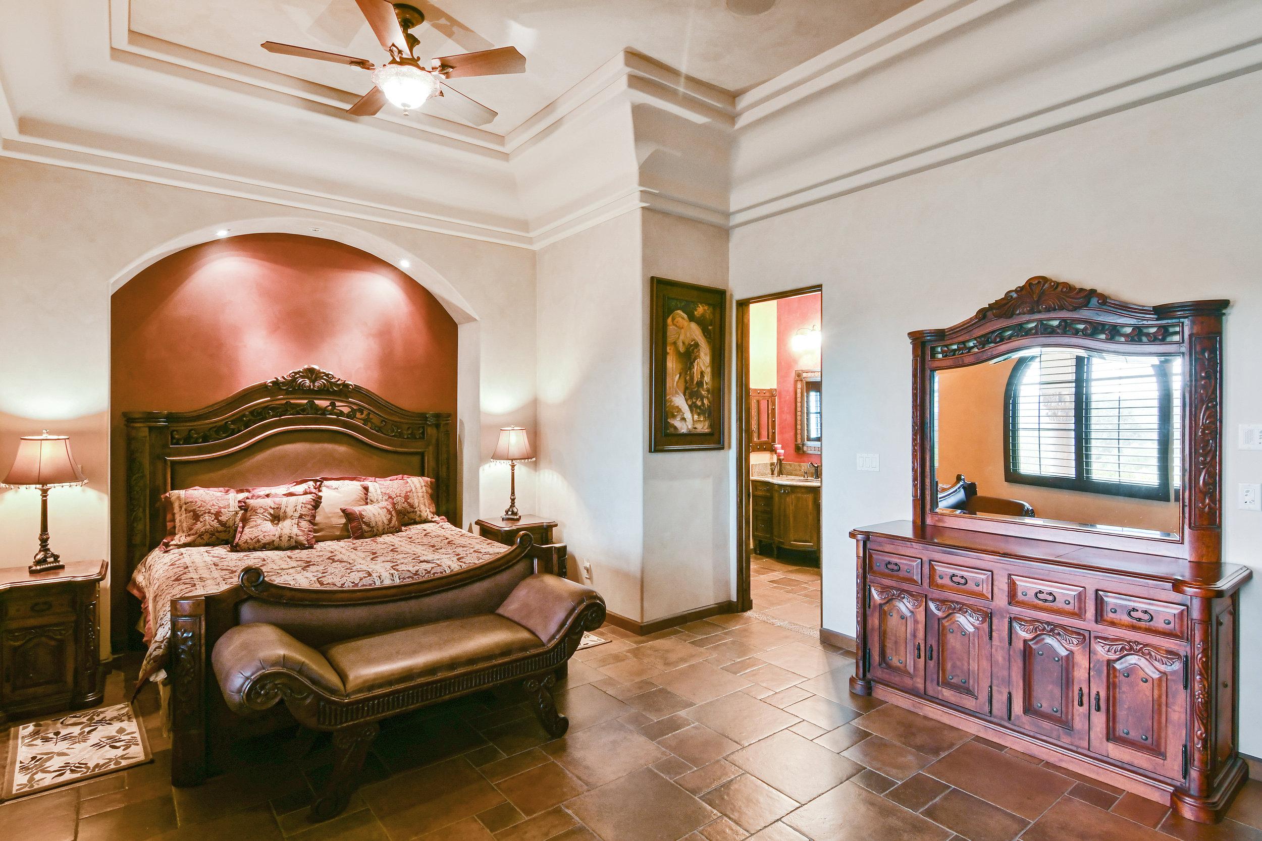 En Suite Bedroom 3- 144.jpg