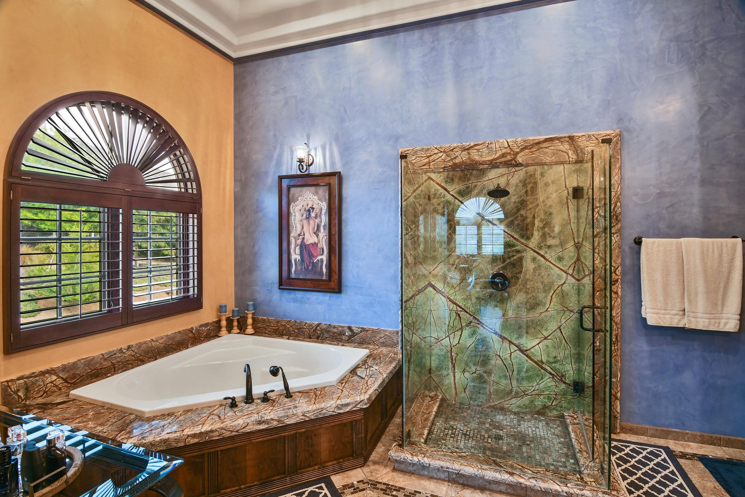 Master Bathroom- 112.jpg