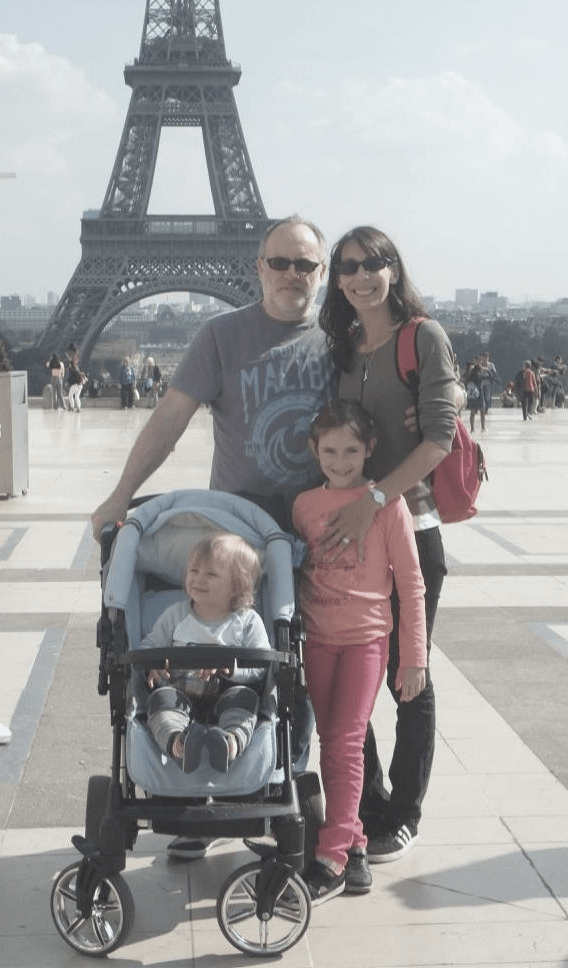 Family in Paris.png