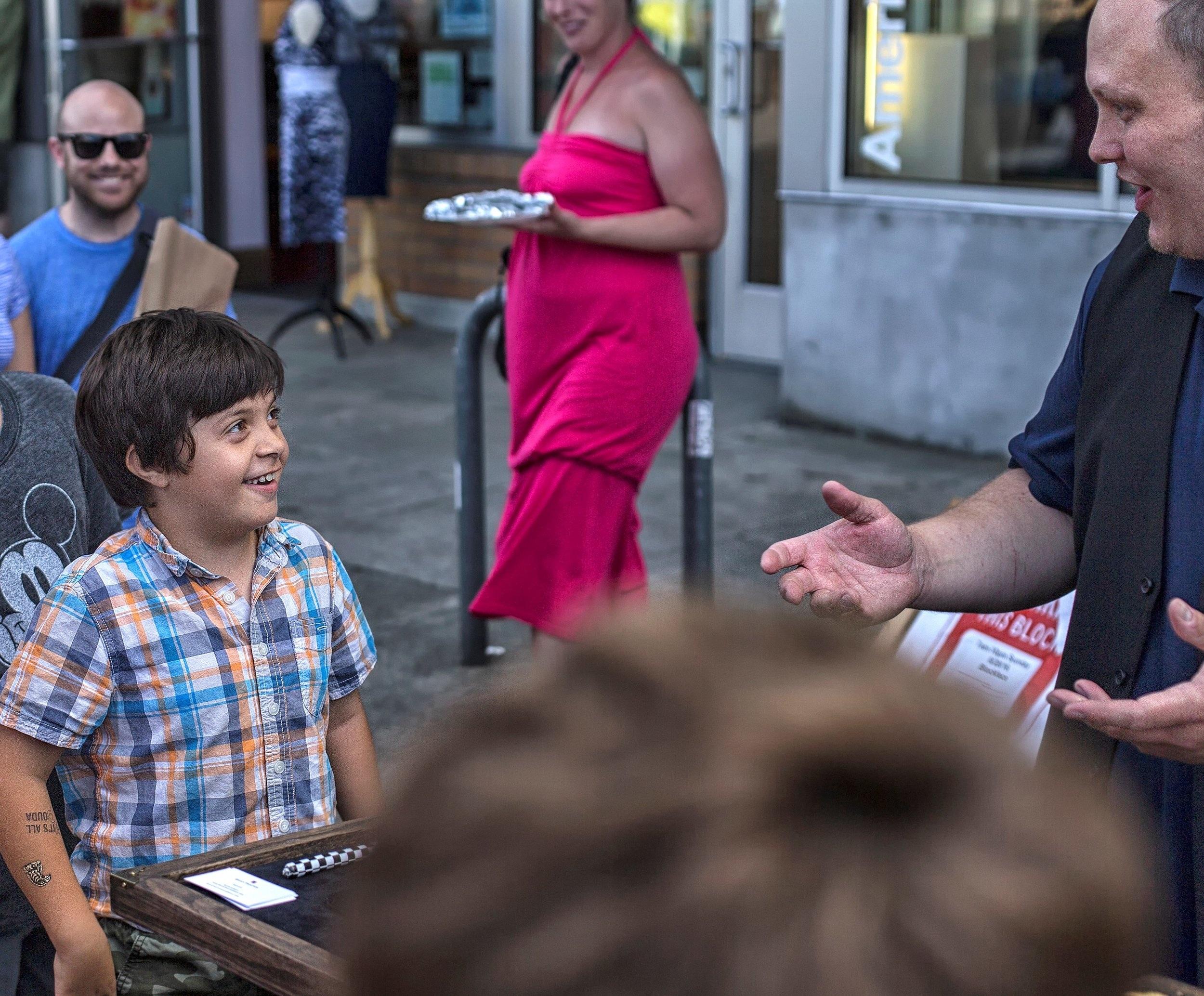 Brian Proctor amazes kids and parents alike (Photo by Darren Sethe 2018)