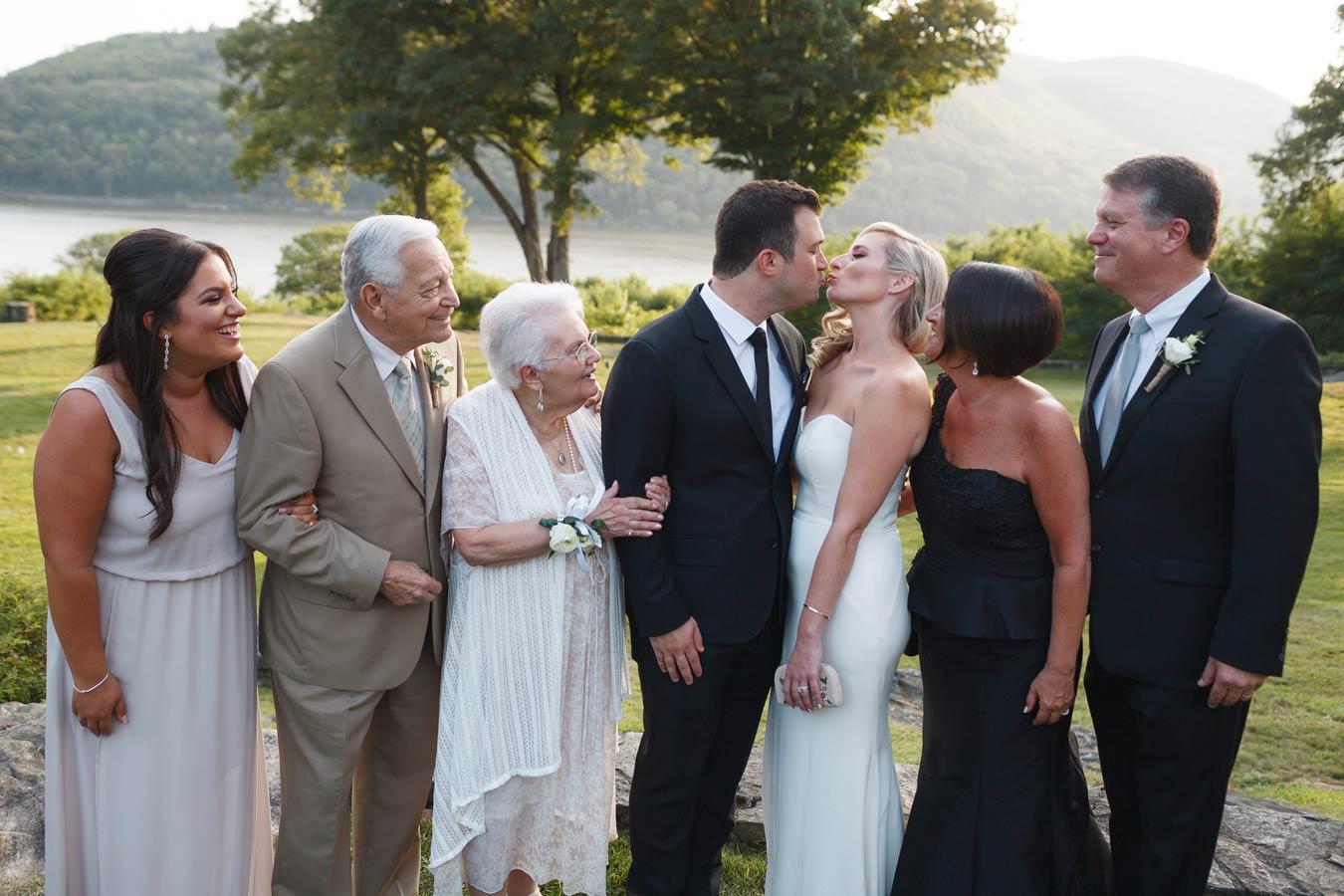 monterverde-oldtone-manor-westchester-wedding-photogrpher0028.jpg