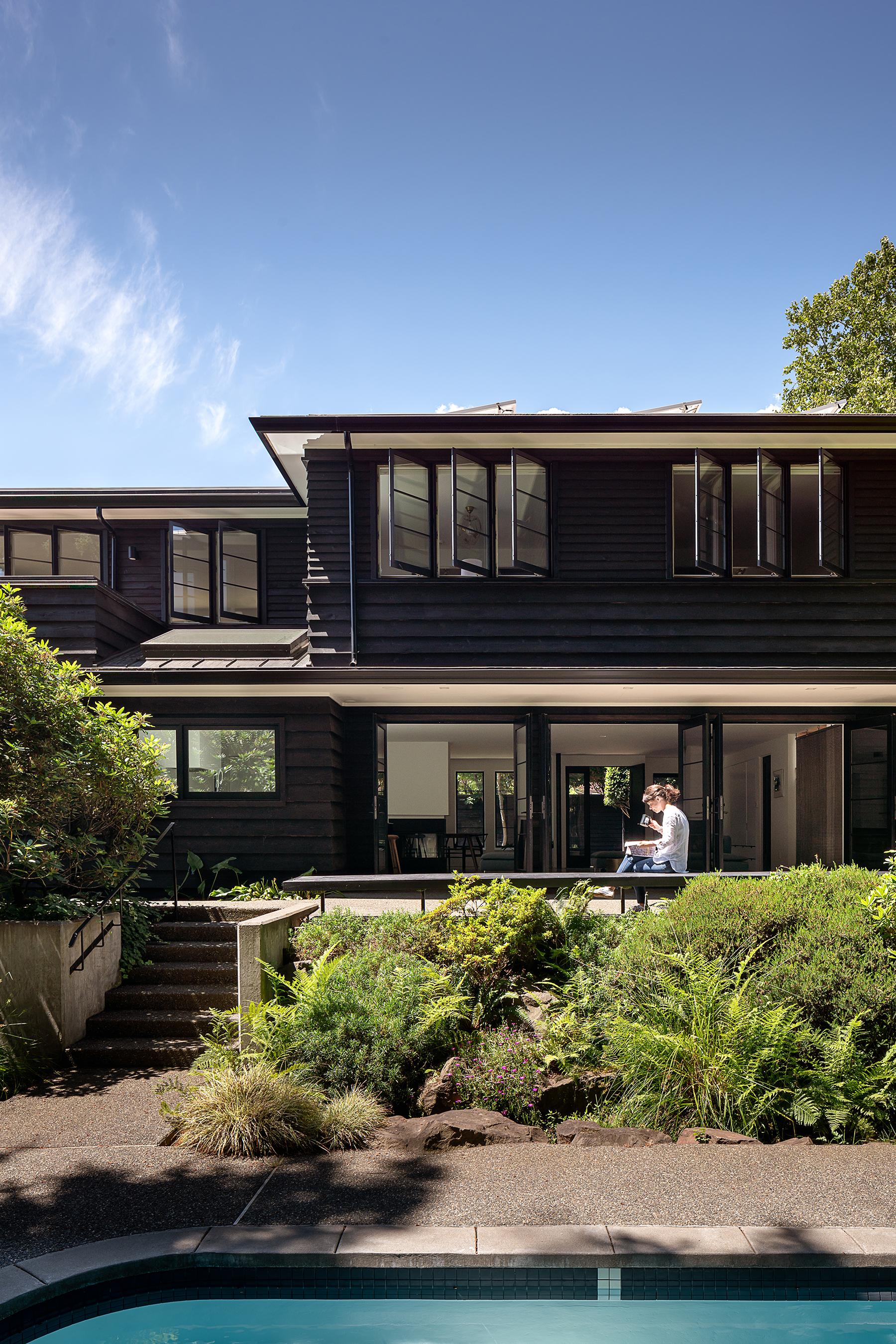 DuHamelArchitecture_HorizontalHouse_Garden.jpg