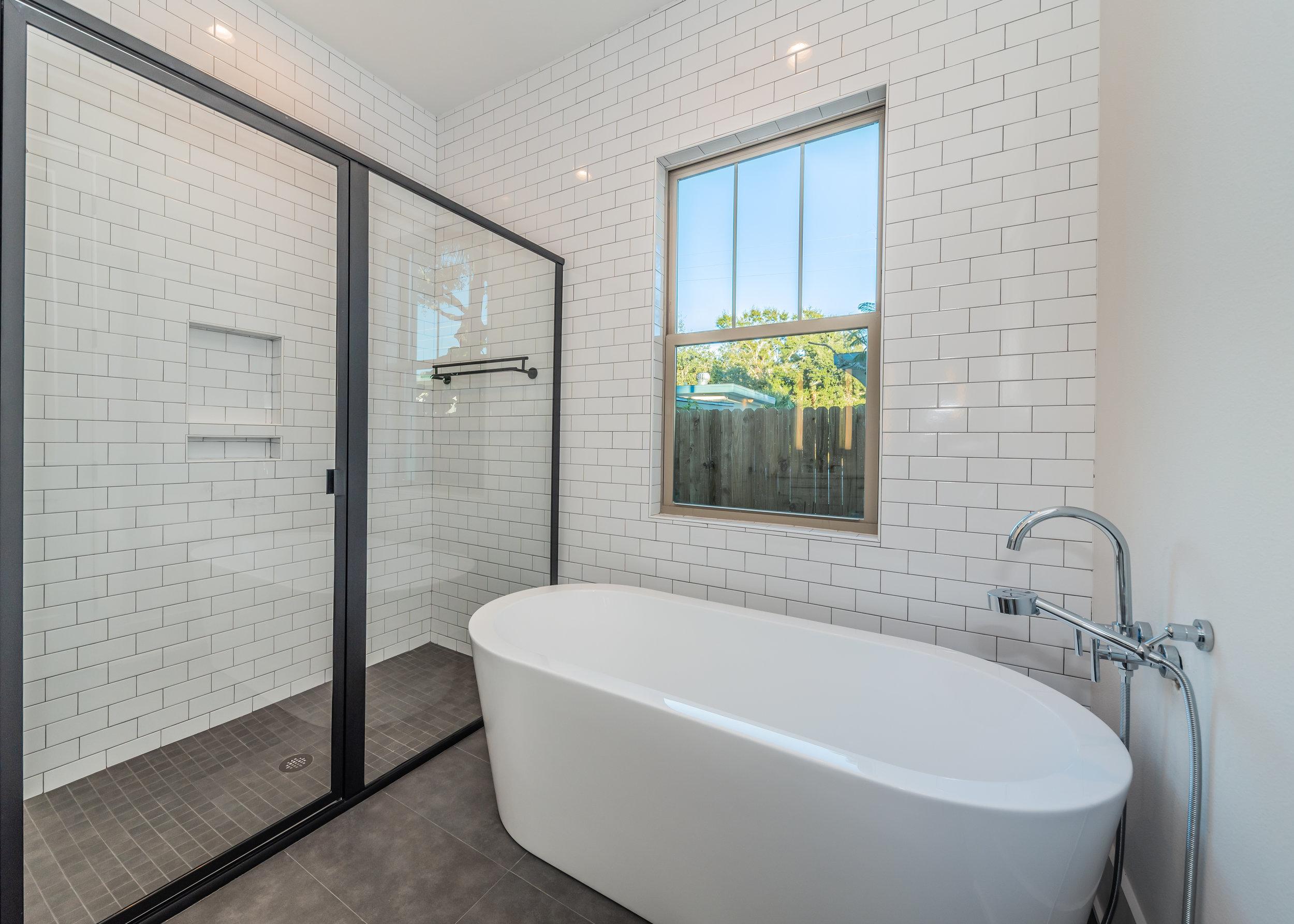 Master Bathroom1c-4.jpg