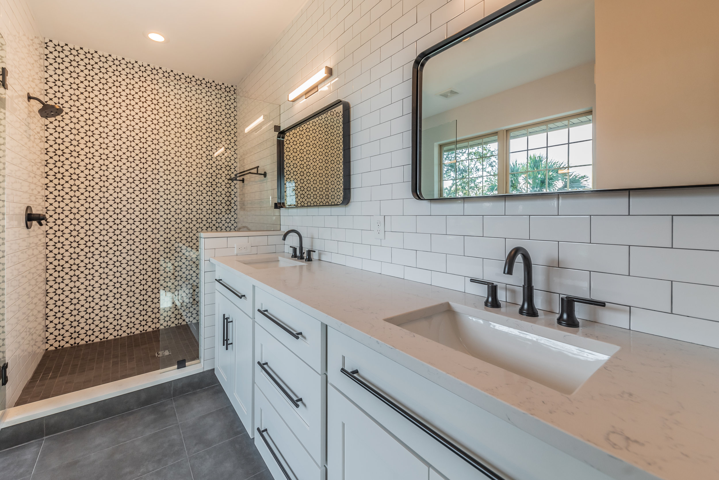 Master Bathroom1a.jpg