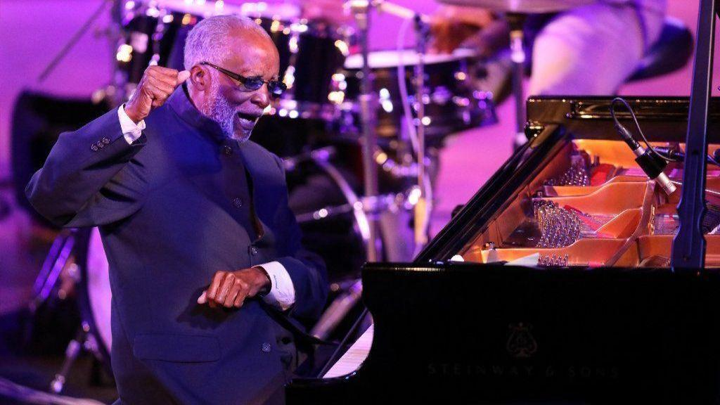 Ahmad Jamal's Pianism Remains Wondrous - Chicago Tribune