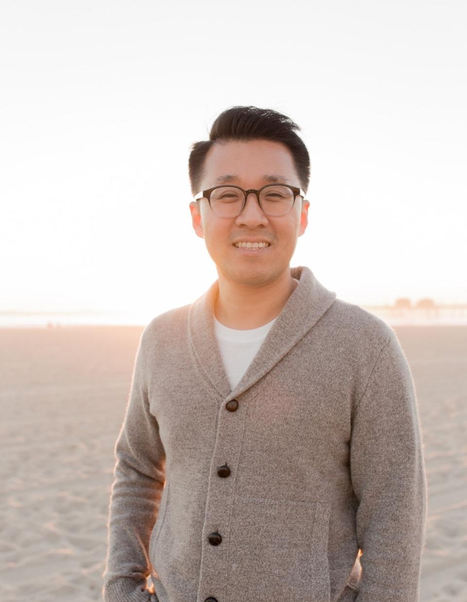 Jeff Hyun | Lead Pastor, HolyWave Ministry