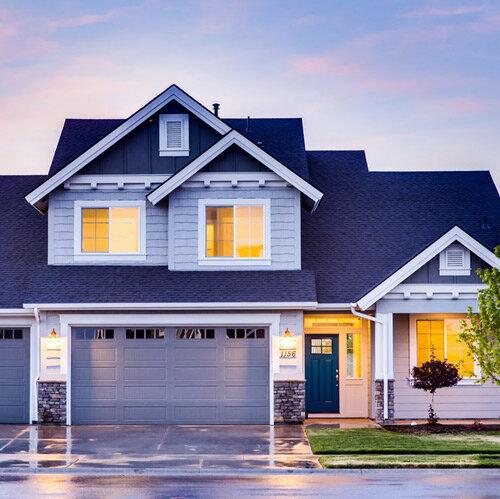 Buy-Real-Estate-Monica-Iskra.jpg