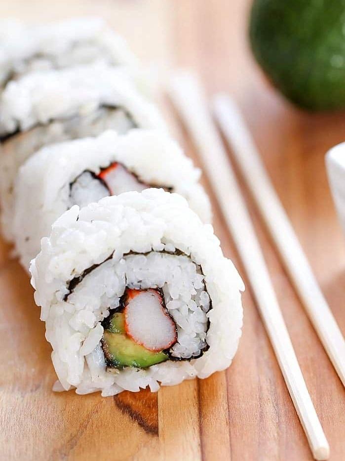 california-sushi-rolls-4.jpg
