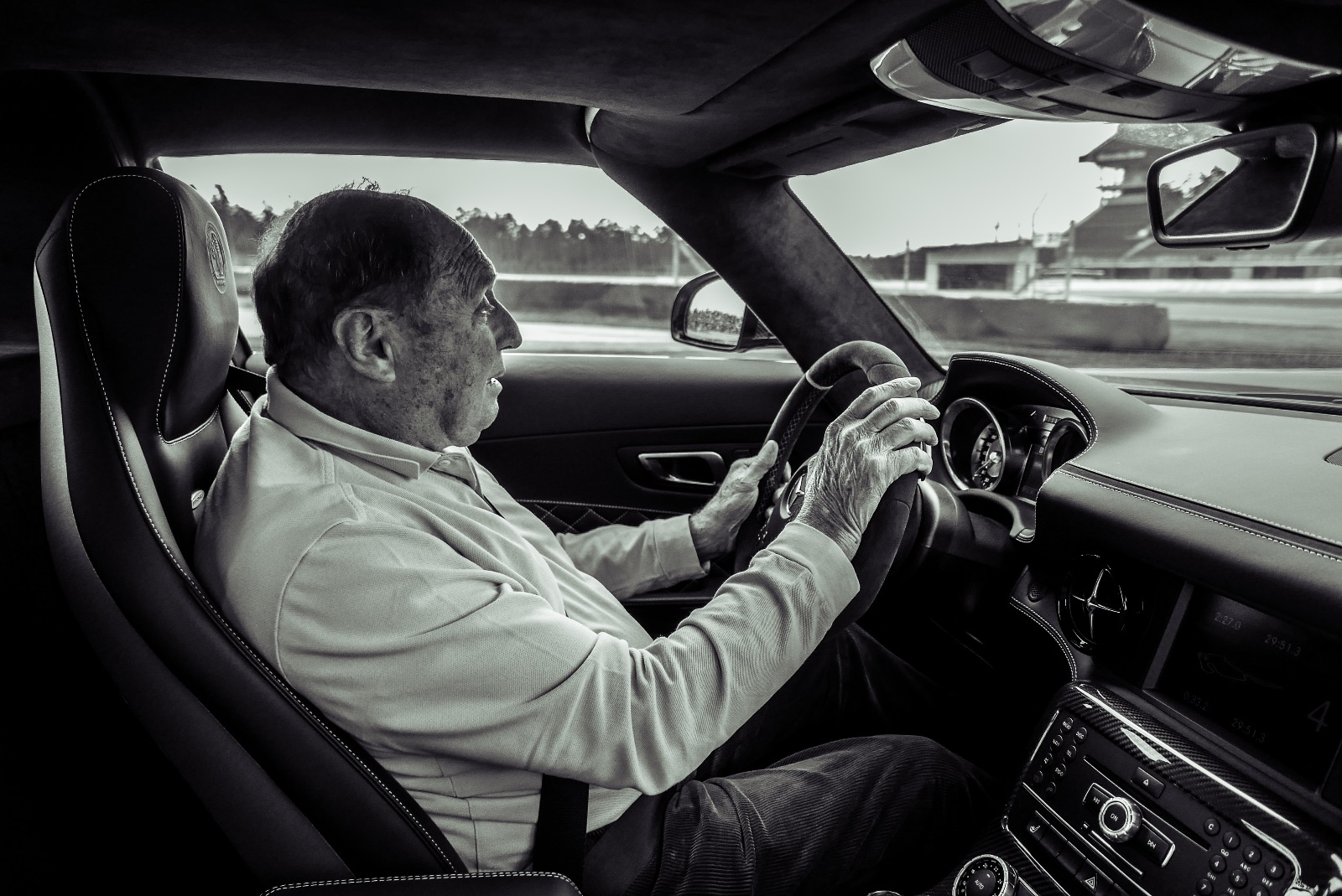 Track day @ Hockenheim - 1 december 2018Jochen Mass driving our AMG SLS final edition.Hot-laps with formal F1 driver Mass is a once of a life time opportunity!