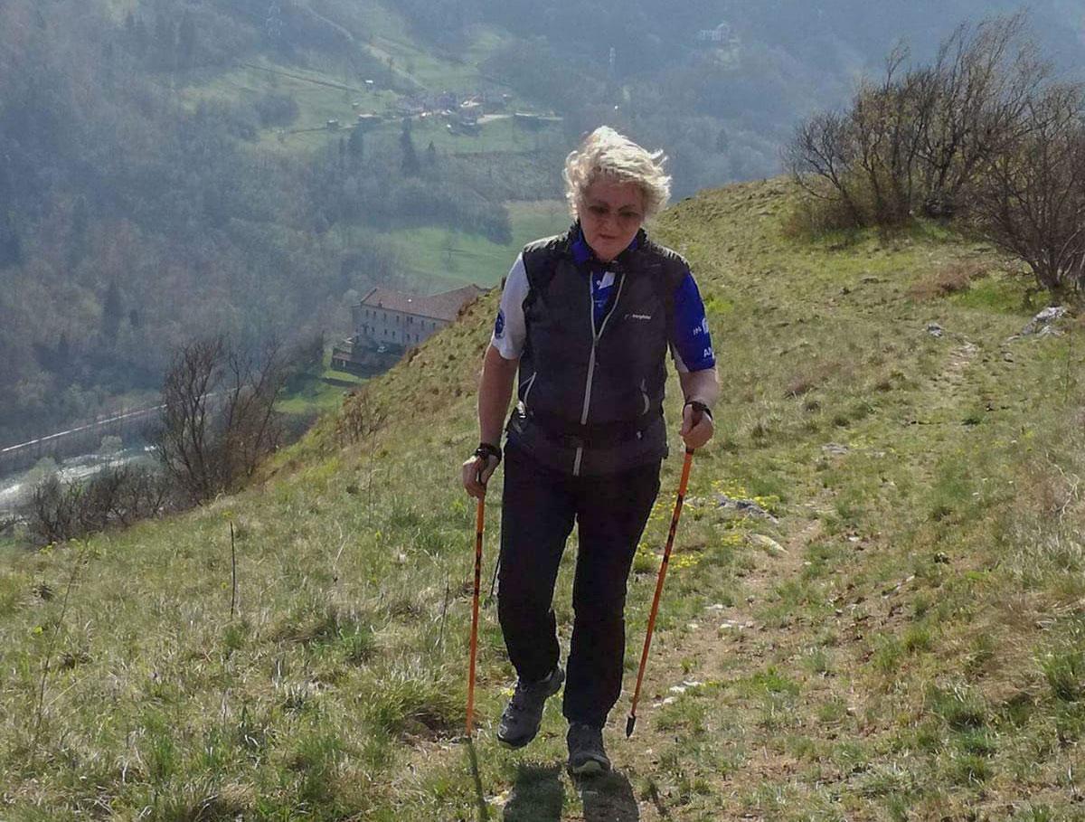 Anna Maria Schiavinato pratica nordic walking