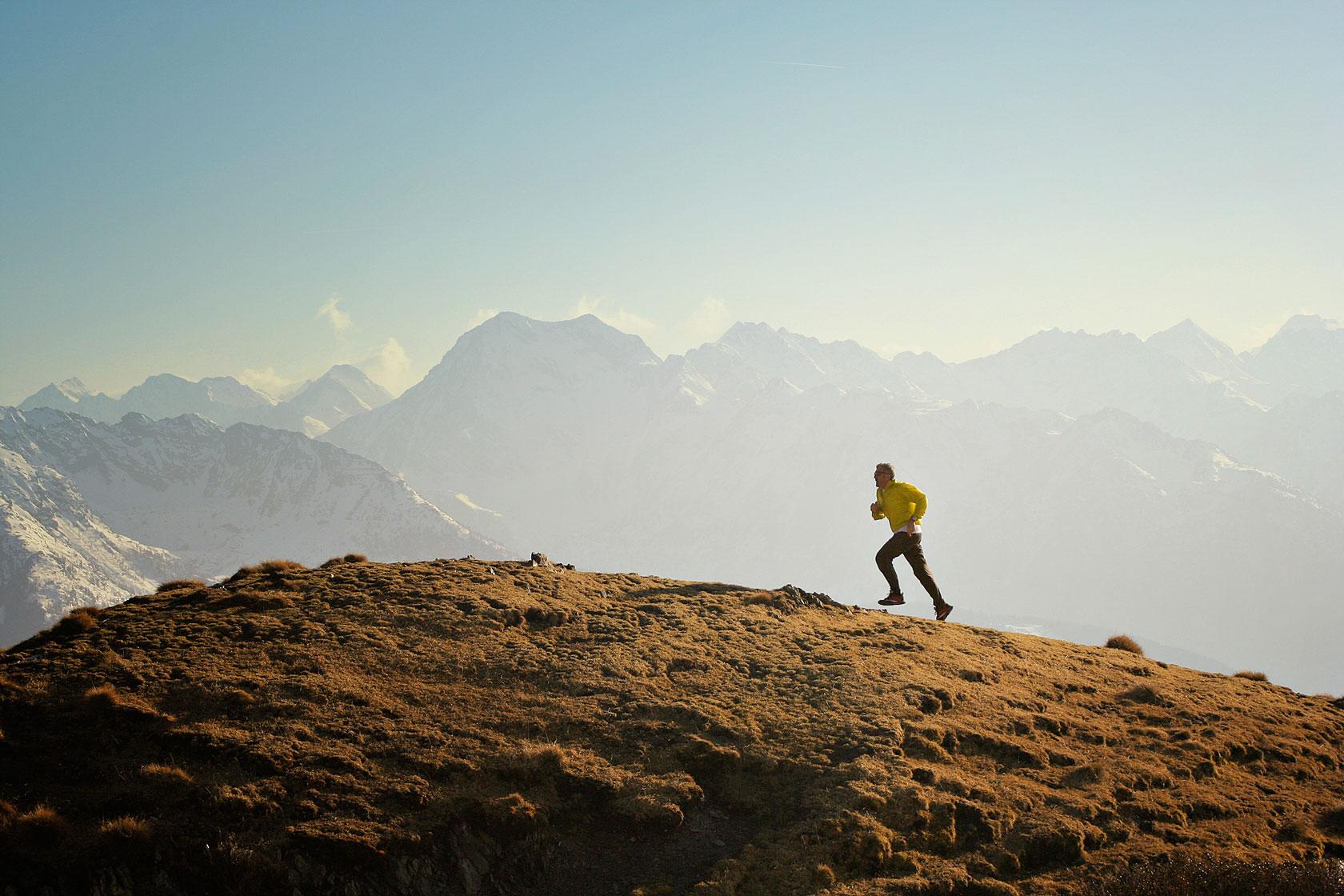 SKYRUNNING - Come ridurre fatica e dolore correndo in montagna grazie ad una preziosa molecola >
