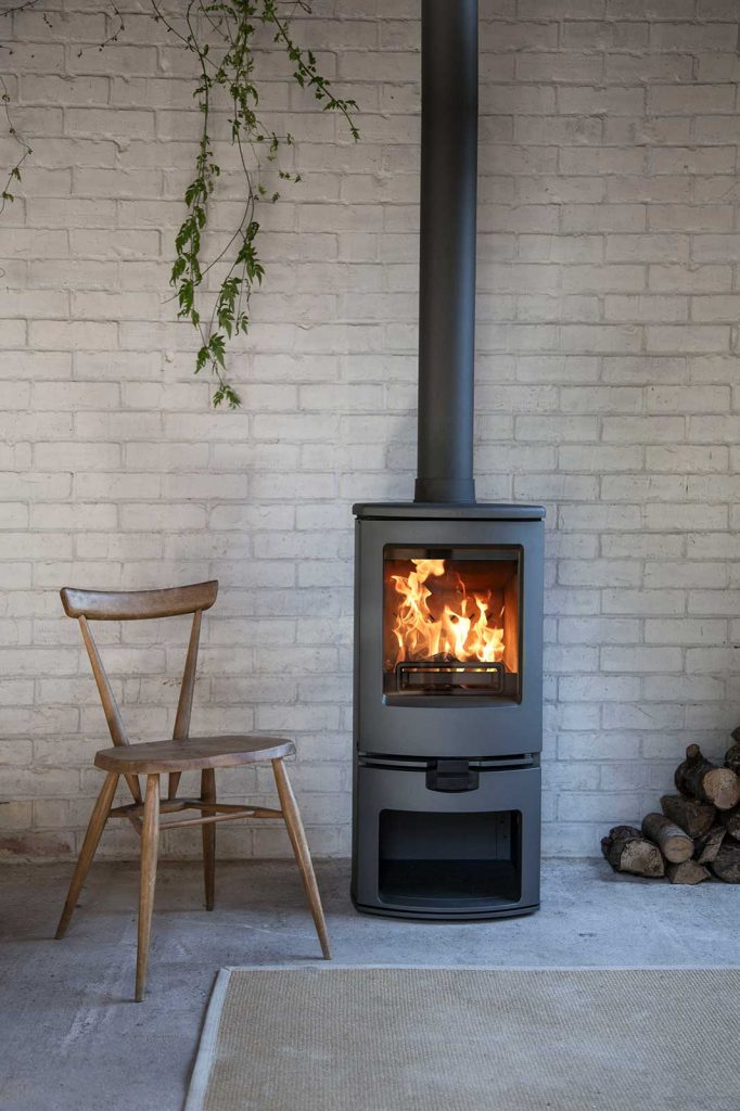 Charnwood-Arc-Woodburning-Stove-large-682x1024.jpg