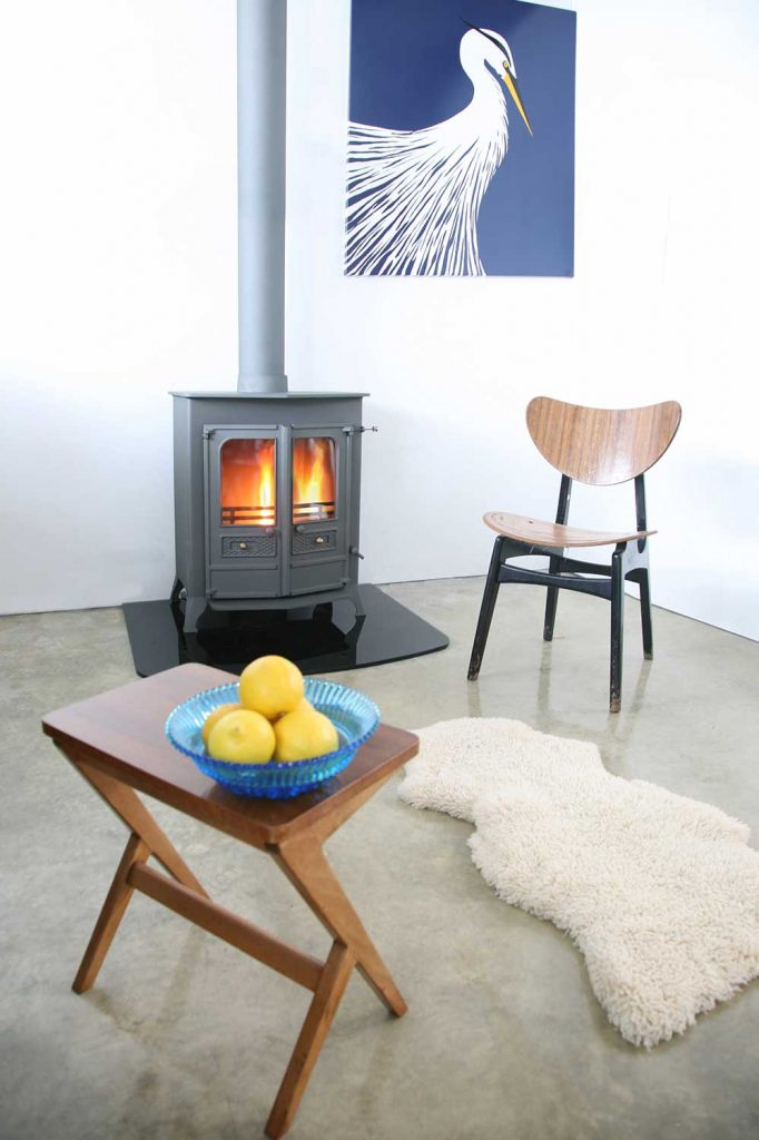 Charnwood-Country-16BMF-Woodburning-Stove-pewter-682x1024.jpg