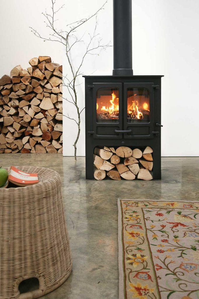 Charnwood-Island-II-Woodburning-Stove-log-store-682x1024.jpg