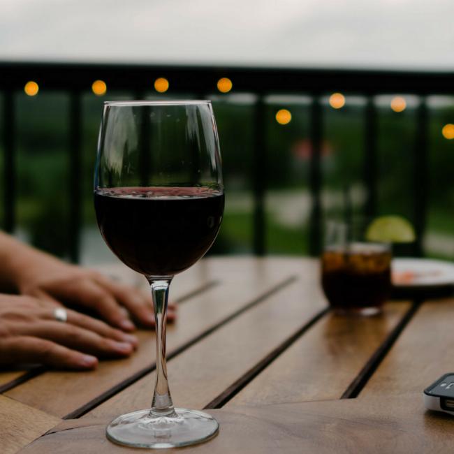 vowandvast_winedown_wine_artclass_Self-care_tips_wine.png