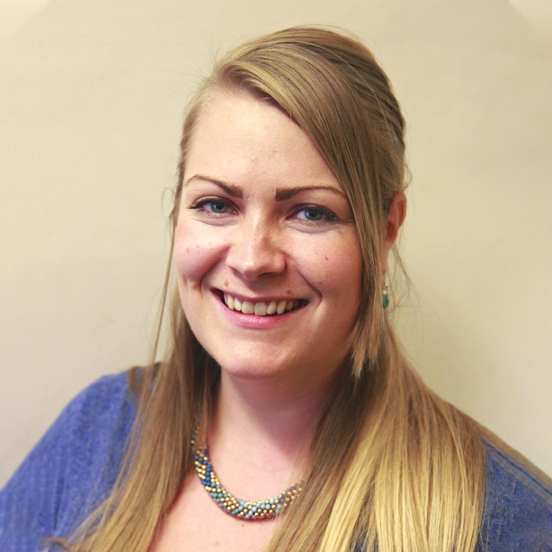 Lauren Harris (WK 2)