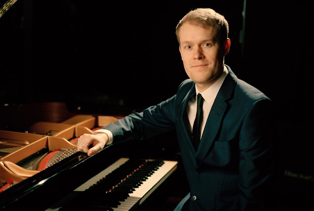 Tom - Jazz, Swing, Beautiful Background Music, Contemporary