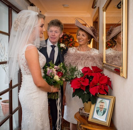 Award Winning Wedding Northern Ireland Photographer Audrey Kelly 3.png
