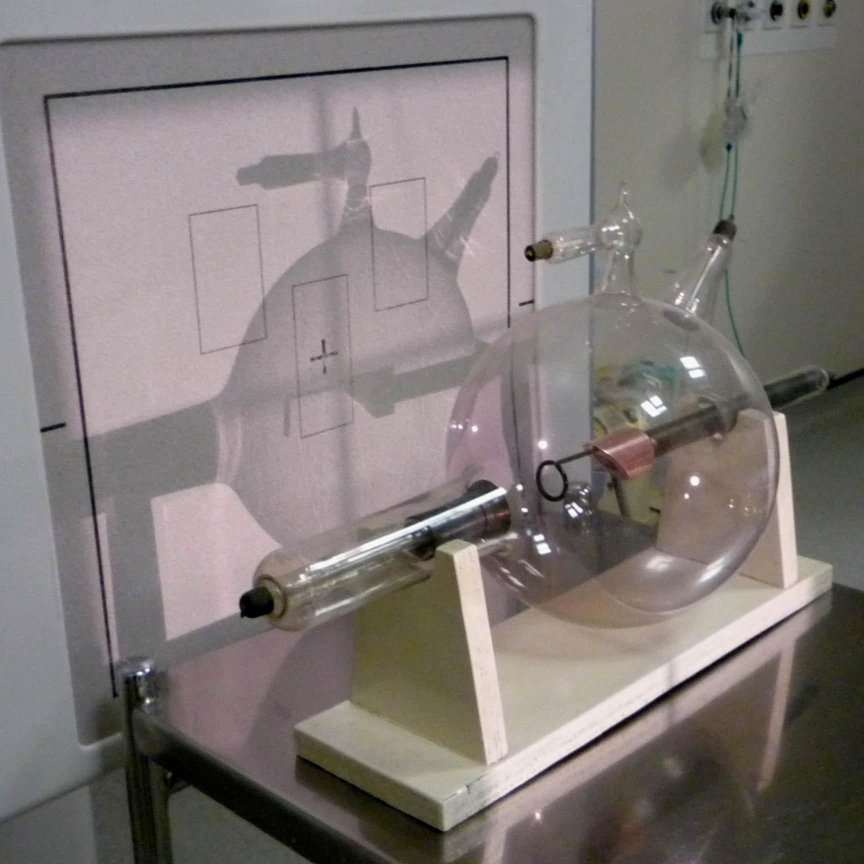 x-ray%2Btube%2B%2Bcopy.jpg