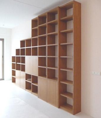 bamboe boeken wandkast