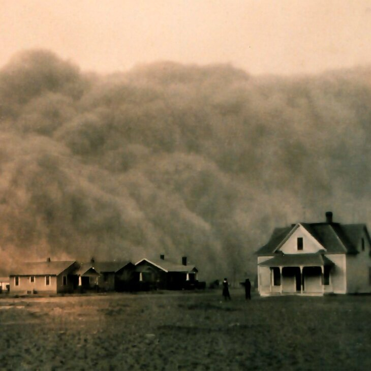 A Texas dust storm in 1935. (Photo: Library of Congress)