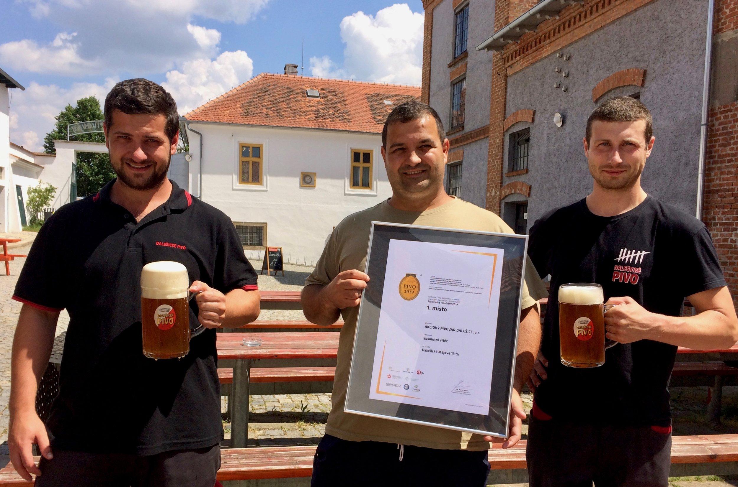 Dalešické Májové 13% - absolutní vítěz v soutěži Pivo České republiky 2019 - Velké gratulace a díky patří našemu sládkovi, Ladislavovi Němečkovi a podsládkům, Petrovi Remsovi a Radoslavovi Němečkovi.