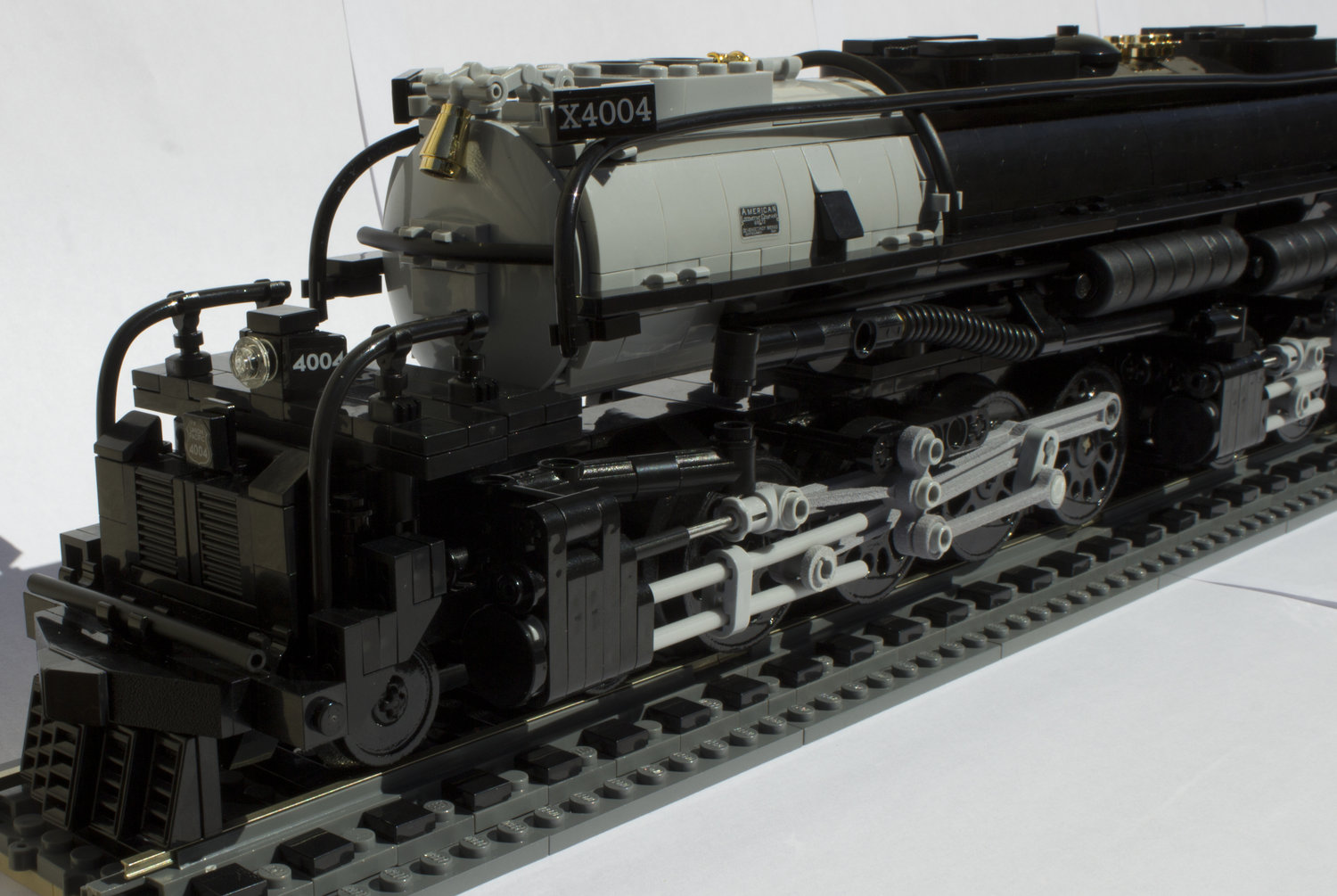 1:48 Scale Union Pacific 4-8-8-4 Big Boy Locomotive — Brick Train Depot