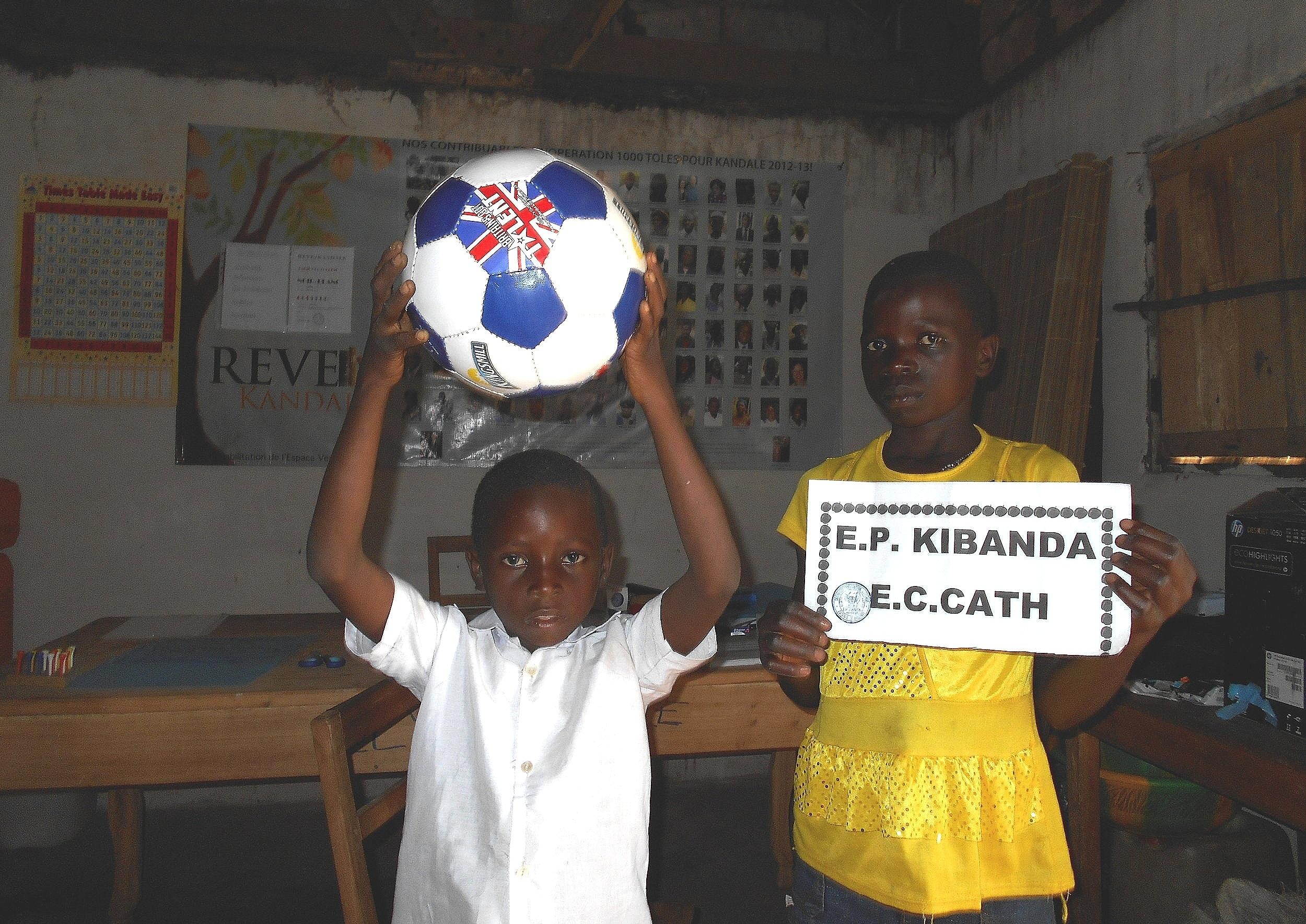Kibanda Village Catholic Primary School - 205 Students (102 girls, 103 boys)7 Classes and 8 Staff (2 Women)