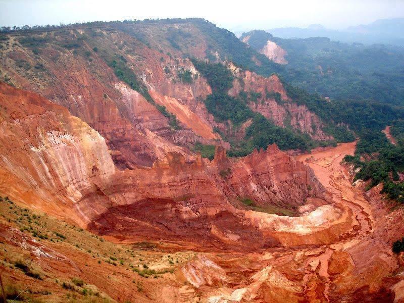 Lukuila canyons (5 miles away)