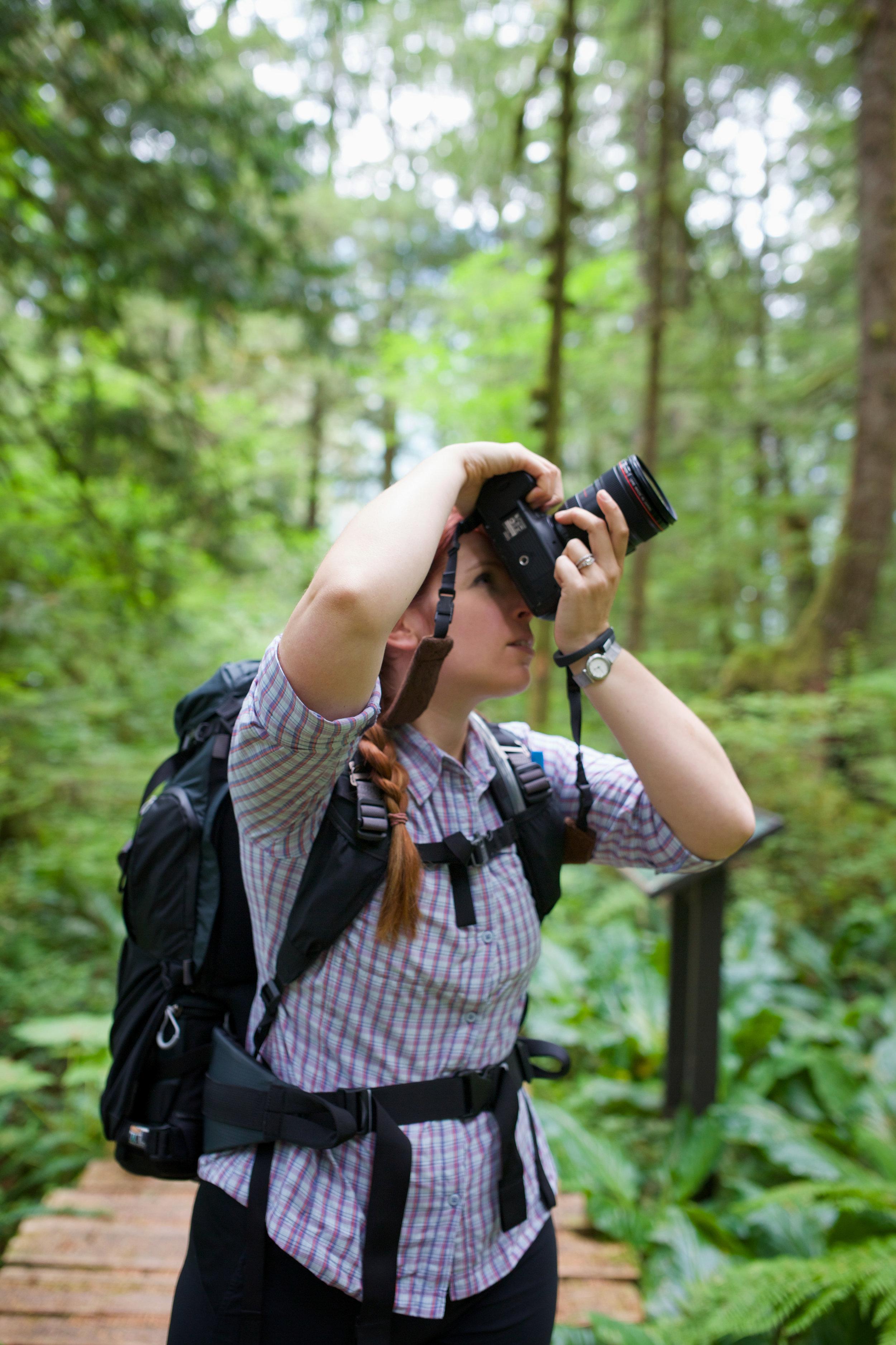 Lisa_Photographing_rainforest