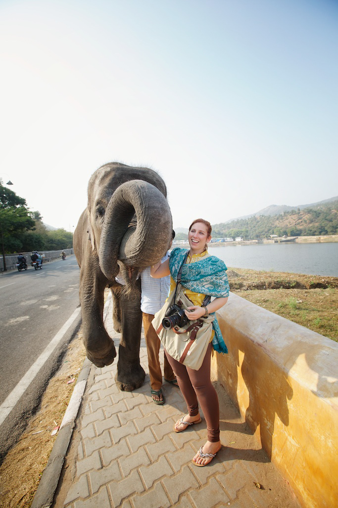 Lisa_with_elephant_india