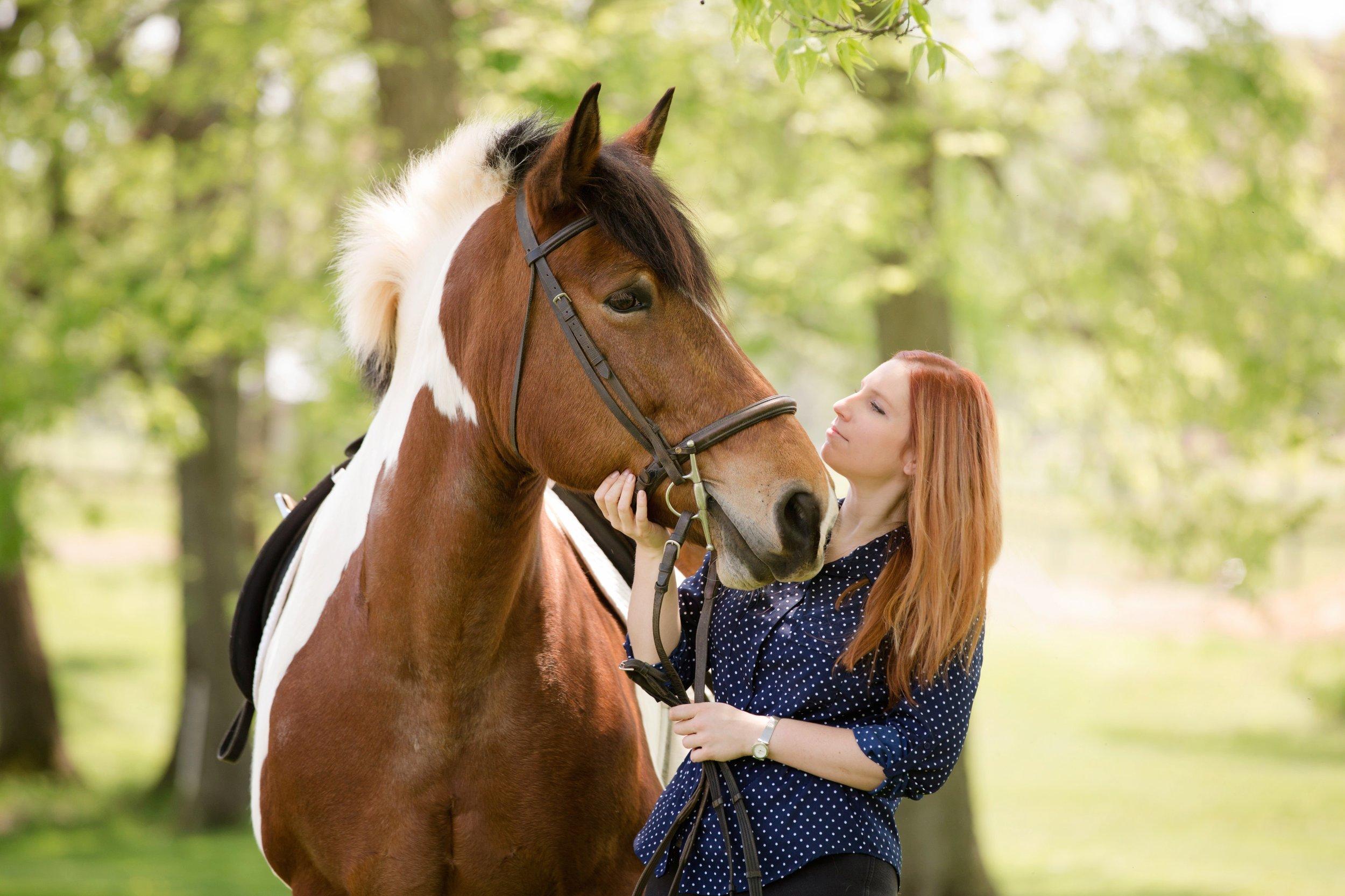 Lisa_horse_Jolie