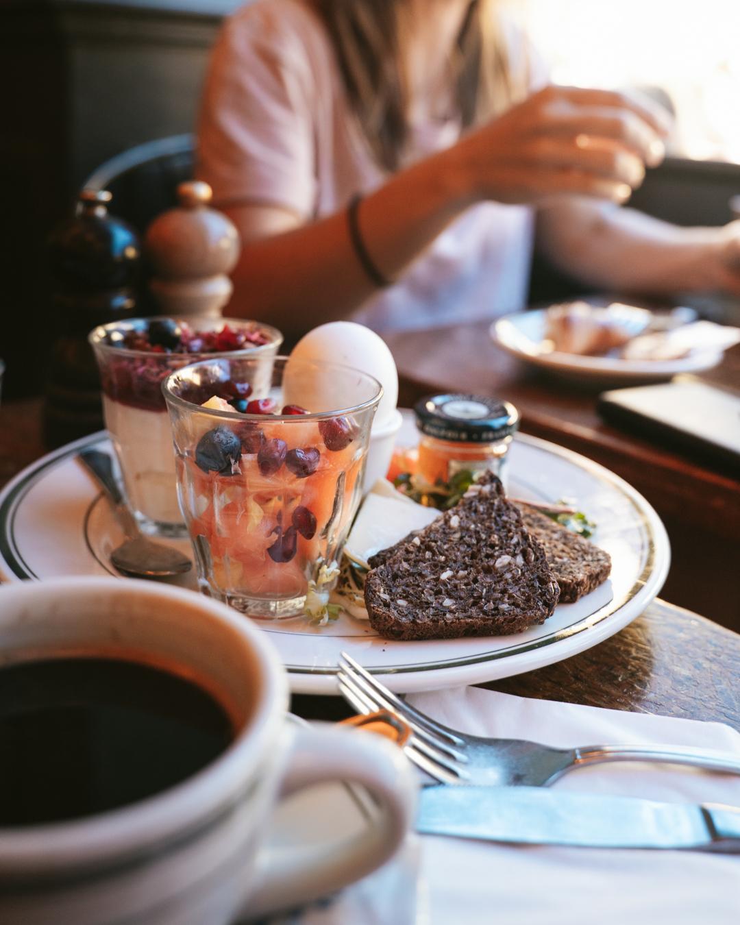 granola frukost