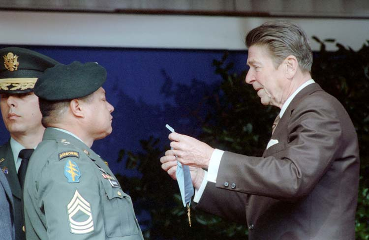 President Reagan presenting the Congressional Medal of Honor to Sergeant Roy Benavidez at a ceremony at the Pentagon. 2/24/81. Credit: The Ronald Reagan Presidential Foundation