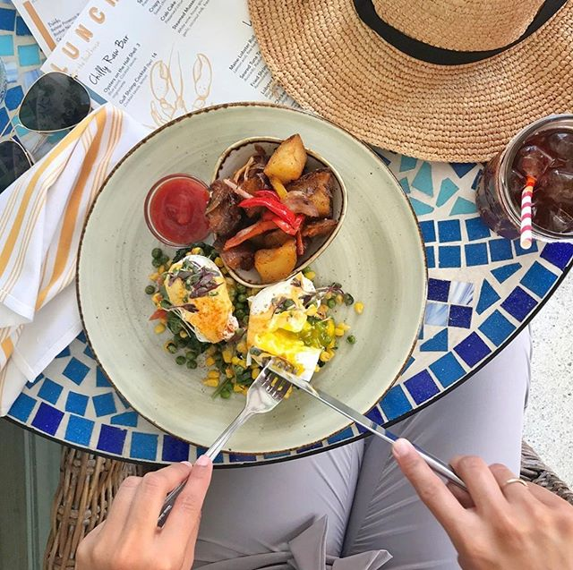 Vacay mornings 🍳☀️ @thelocalhouse #eatlikealocal #vacationmode #brunch