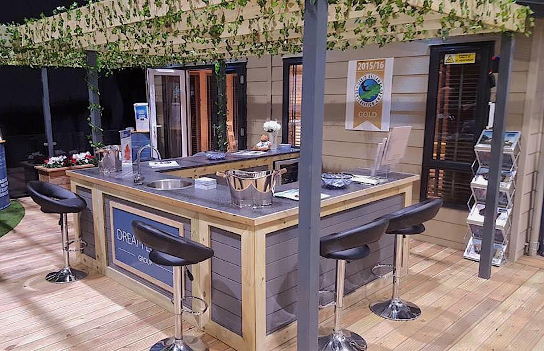 Exhibition hospitality bar