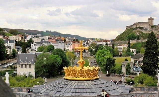 Lourdes 1.jpg