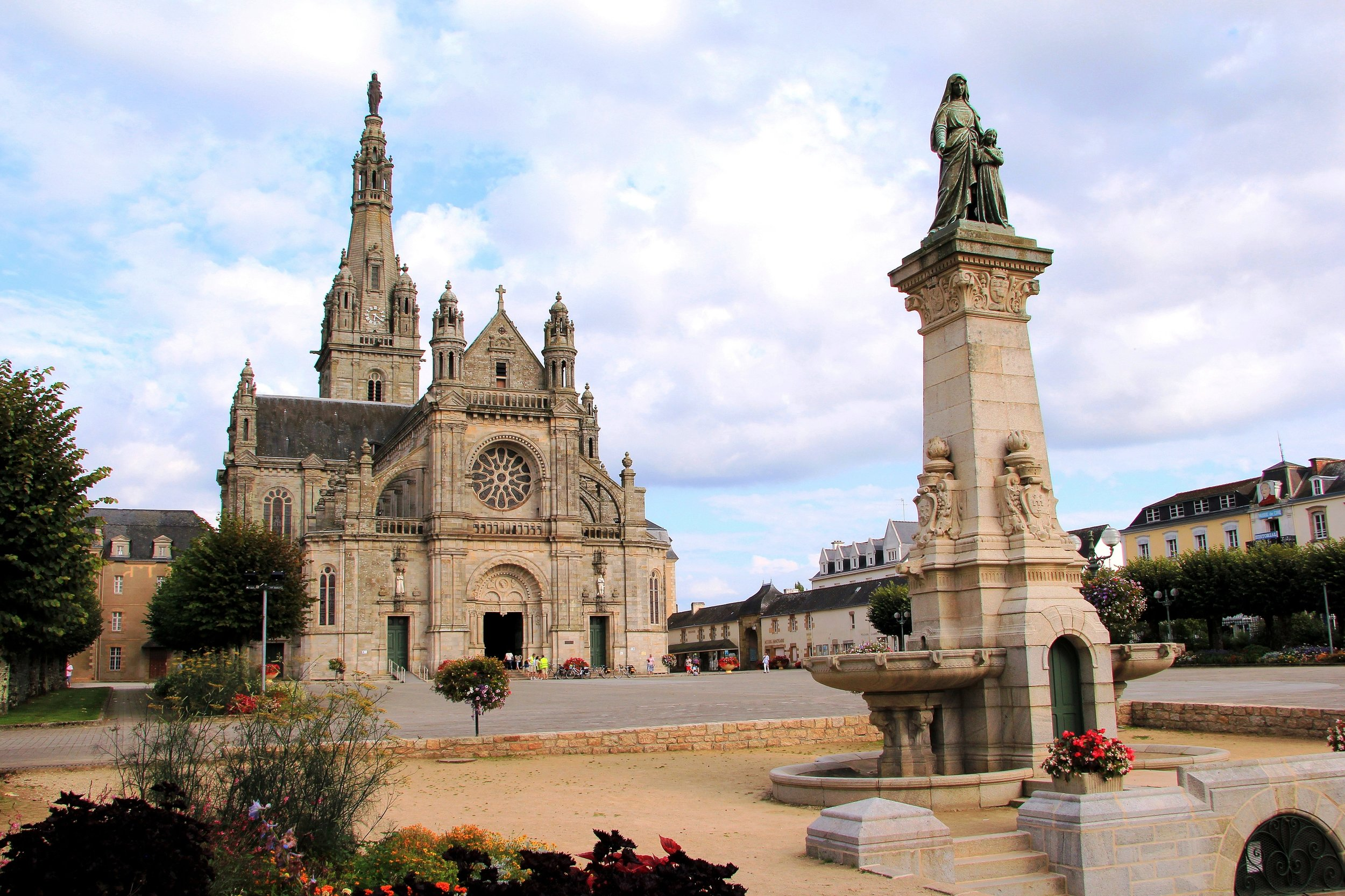 Basilica of Sainte-Anne D'Auray