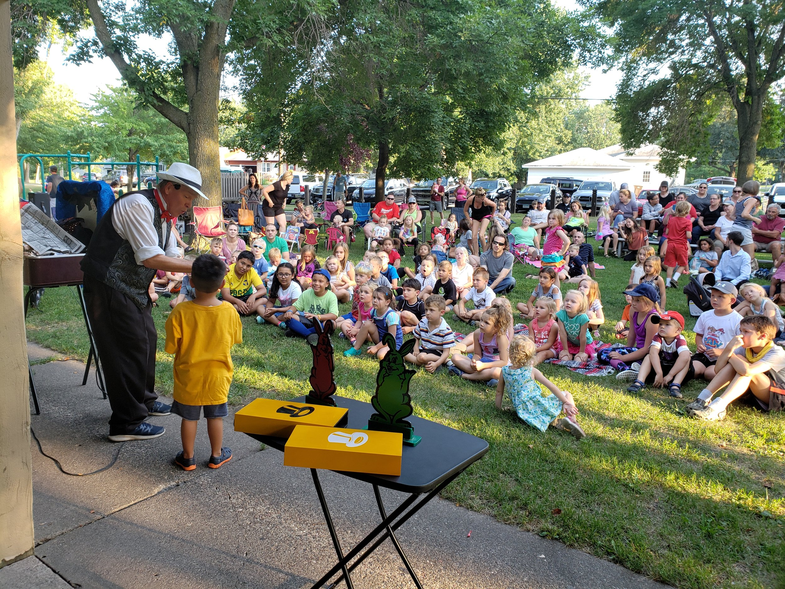 Picture of Entertainment in the Park