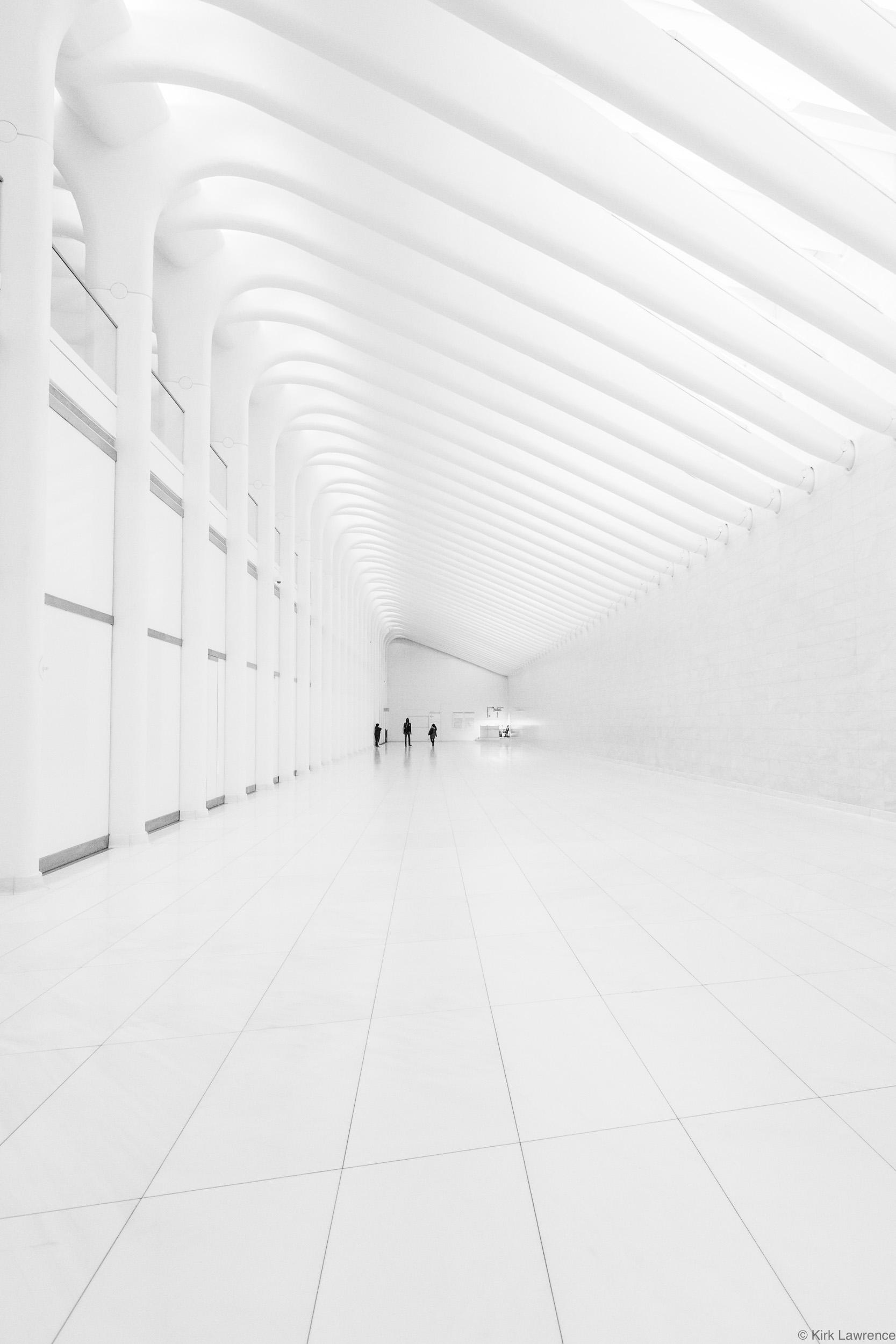 Dey_Street_Passageway_Concourse_New_York_City.jpg