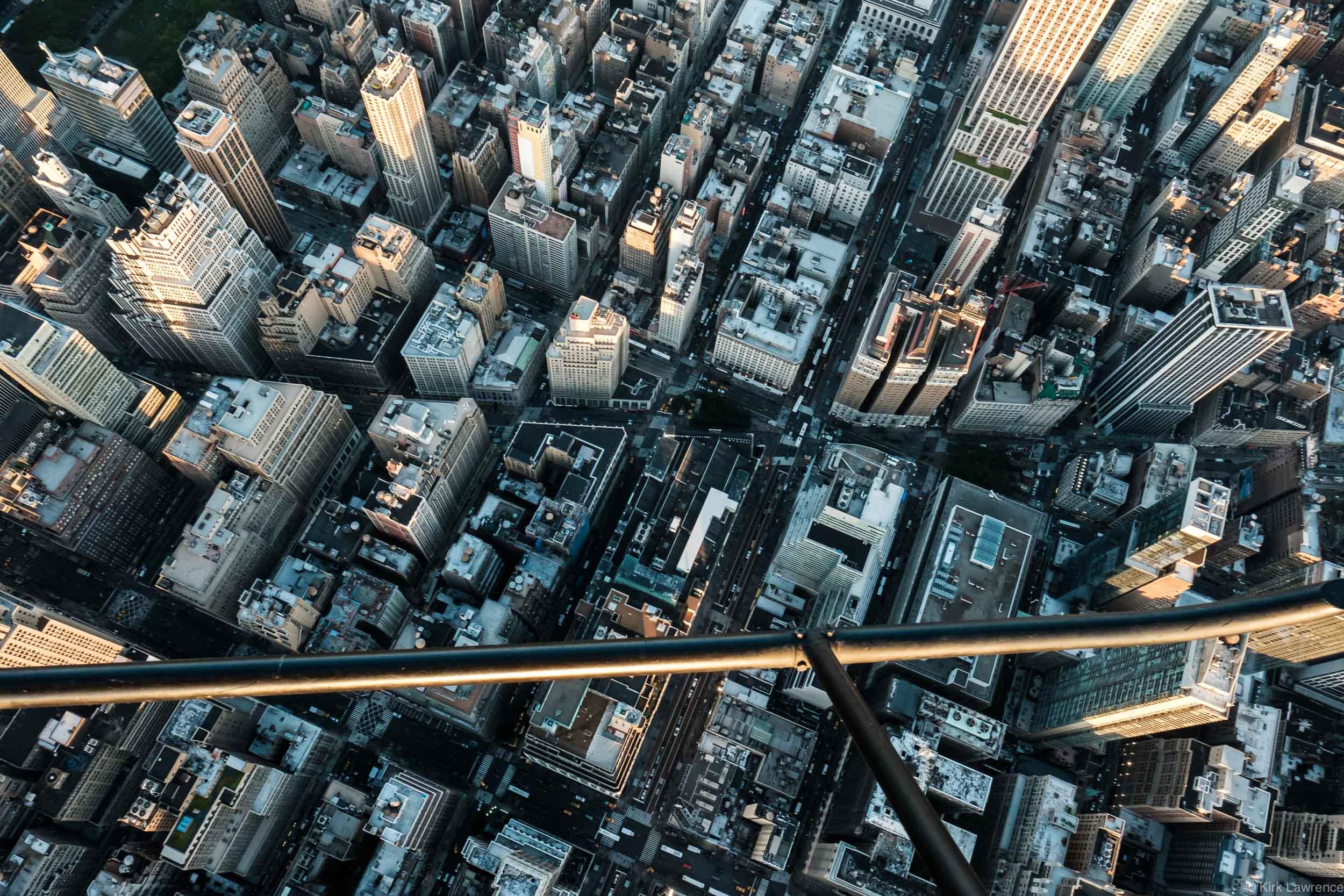 helicopter_view_Manhattan_sunset.jpg