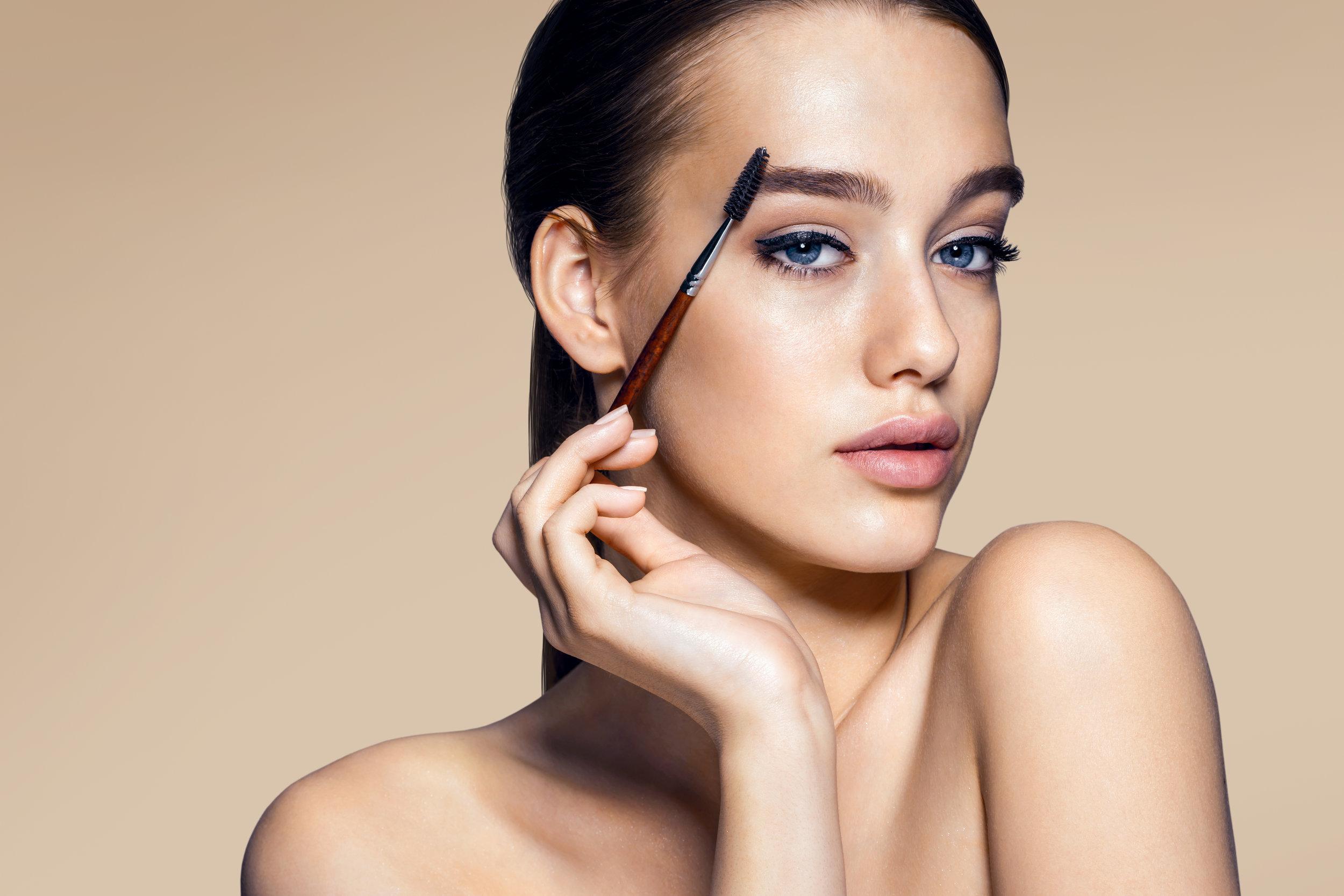AdobeStock_87296540 using mascara.jpeg
