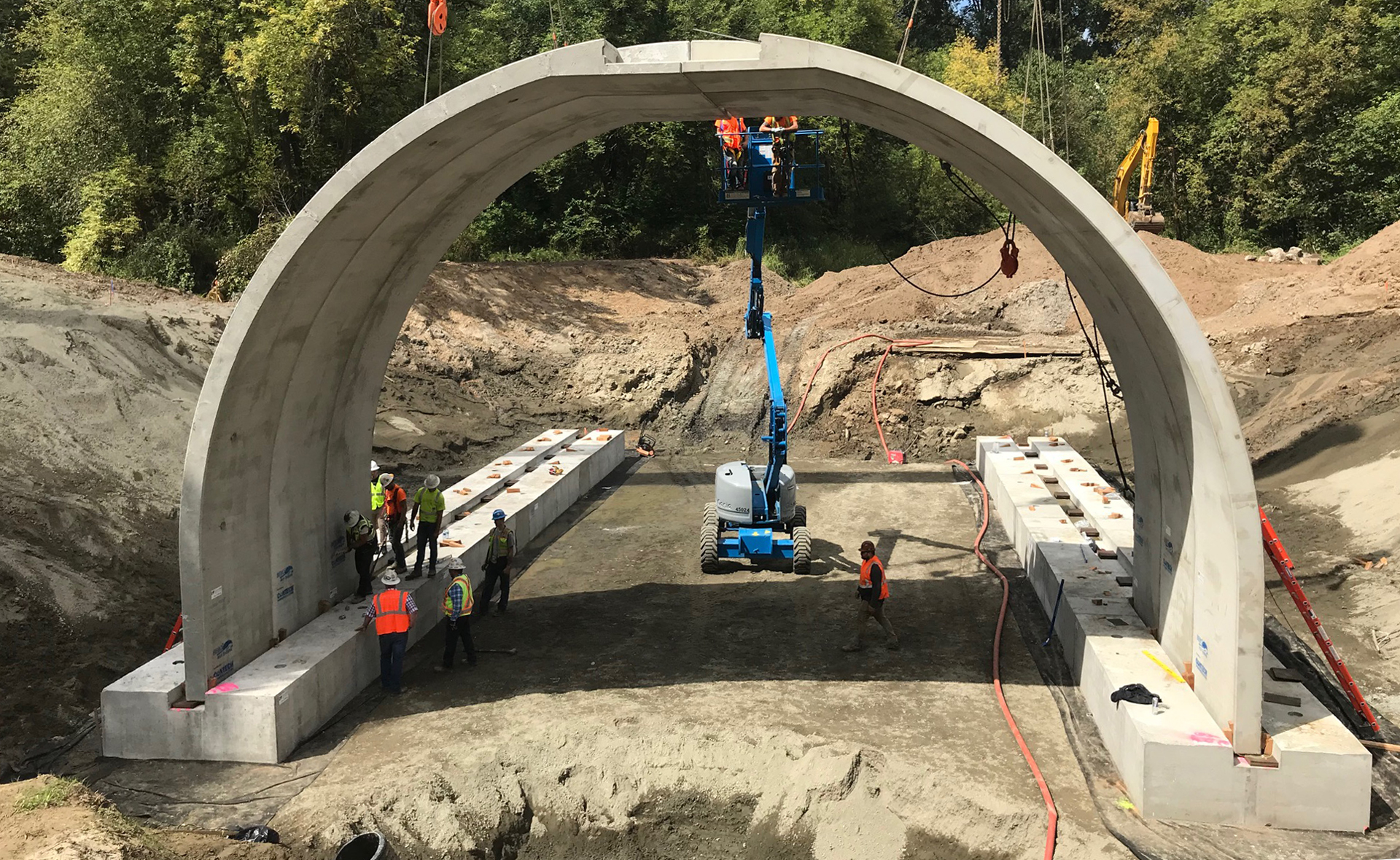 The crew has been hard at work constructing the new 40-foot culvert that replaces the previous 10-foot culvert at Main Avenue and Gee Creek in Ridgefield, WA.