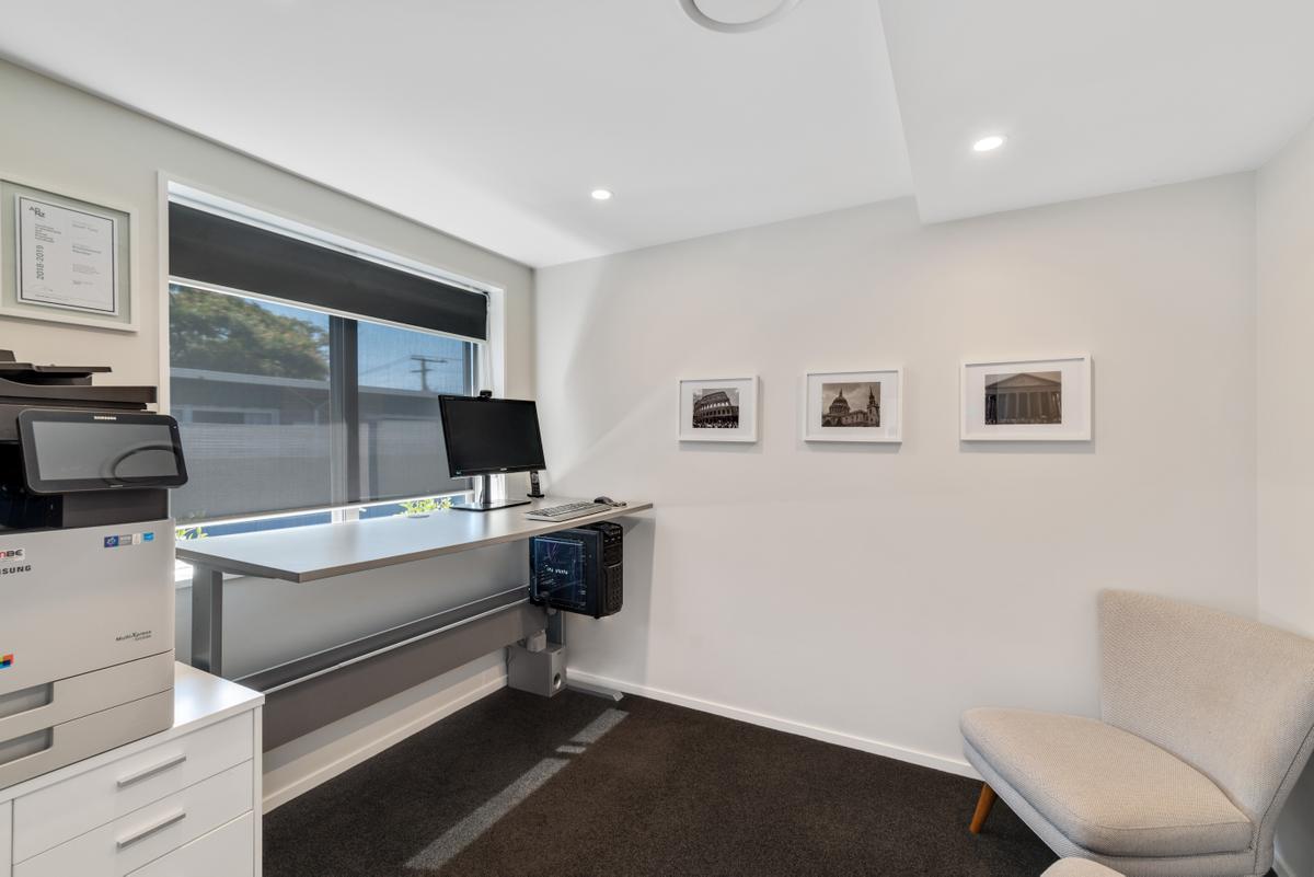 3_Colesbury_Office.jpg