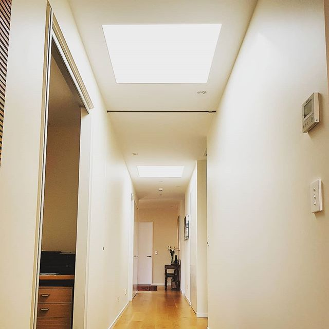 Light wells adding natural light and warmth to internal spaces.  #architecturenz #architecturaldesignersnz #archilover #architecturaldesign #architecturelover #architecture #adnz #light #sky #skylight #skylights #warmth #interiordesign #design #spaces