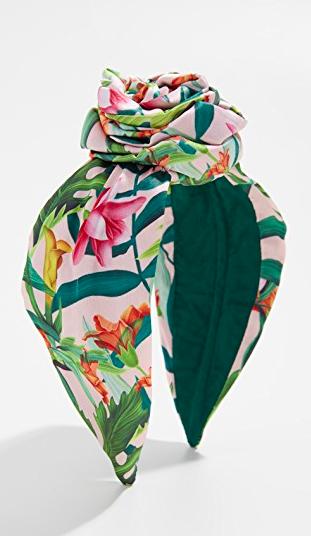 NAMJOSH  Floral Bun Headband   https://fave.co/2WvodDA