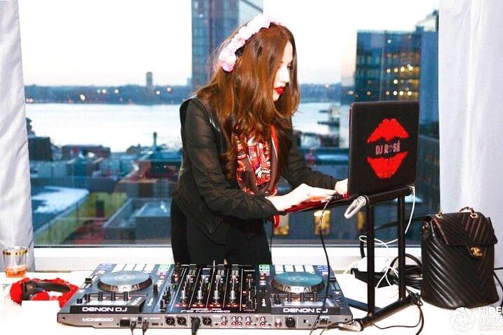 DJ.10.JPG